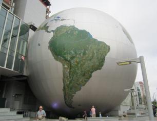 globe raleigh